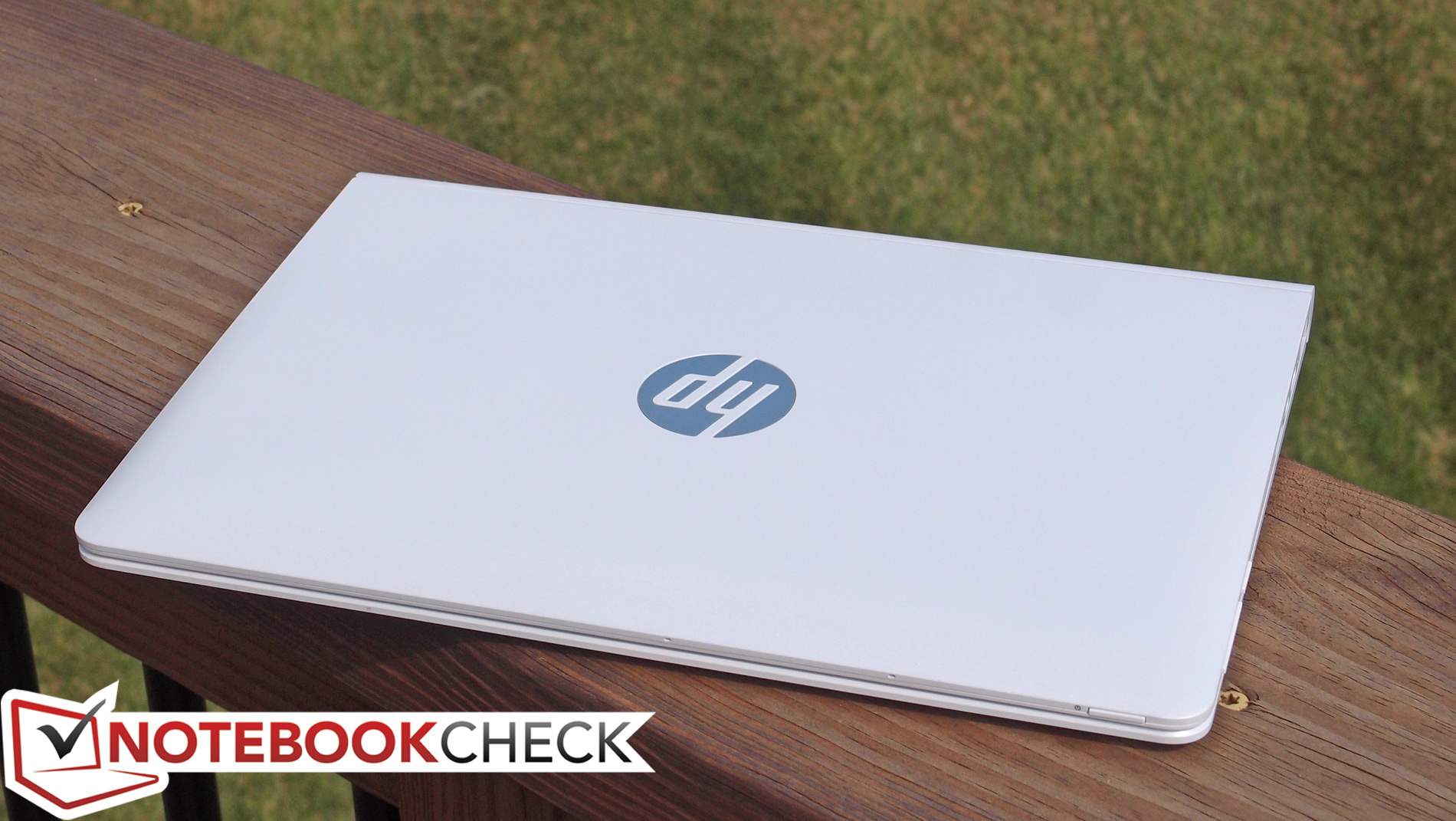 Test HP Pavilion x2 10 Convertible - Notebookcheck.com Tests Hdmi Kabel