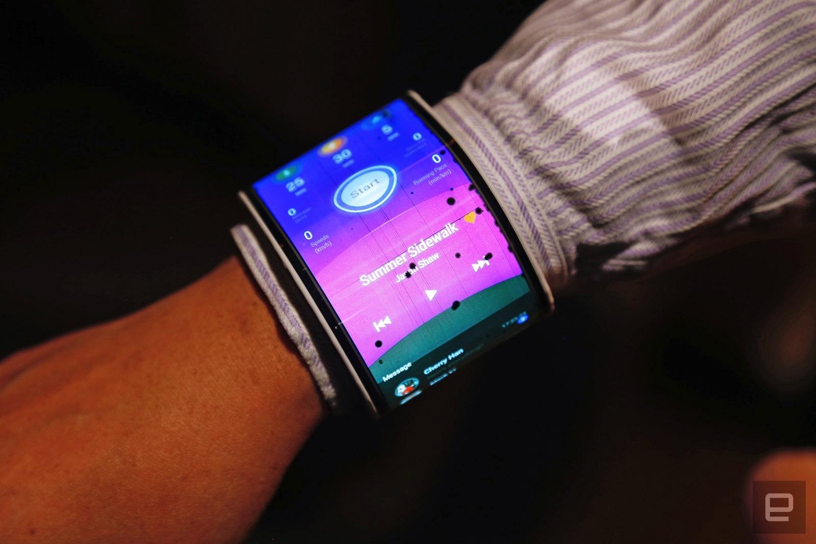 Lenovo: Flexible Displays im Concept-Phone und Tablet ...