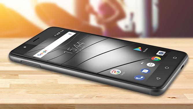 Gigaset präsentiert Mittelklasse-Smartphone GS270