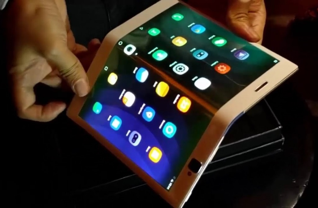 Lenovo Folio: Tablet lässt sich zum Smartphone falten