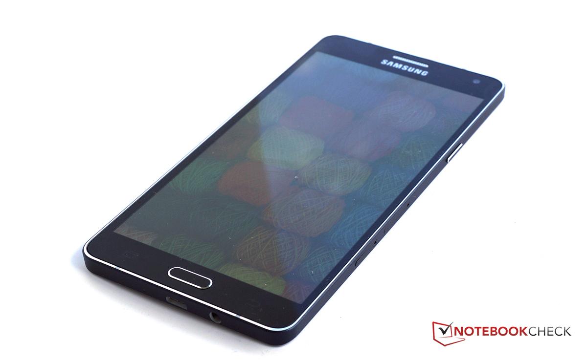 Test Samsung Galaxy A7 Smartphone