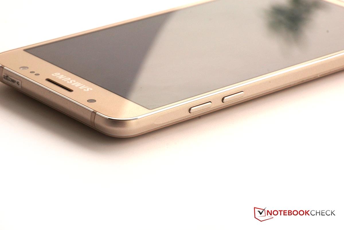 Test Samsung Galaxy J5 (2016) Smartphone - Notebookcheck ...