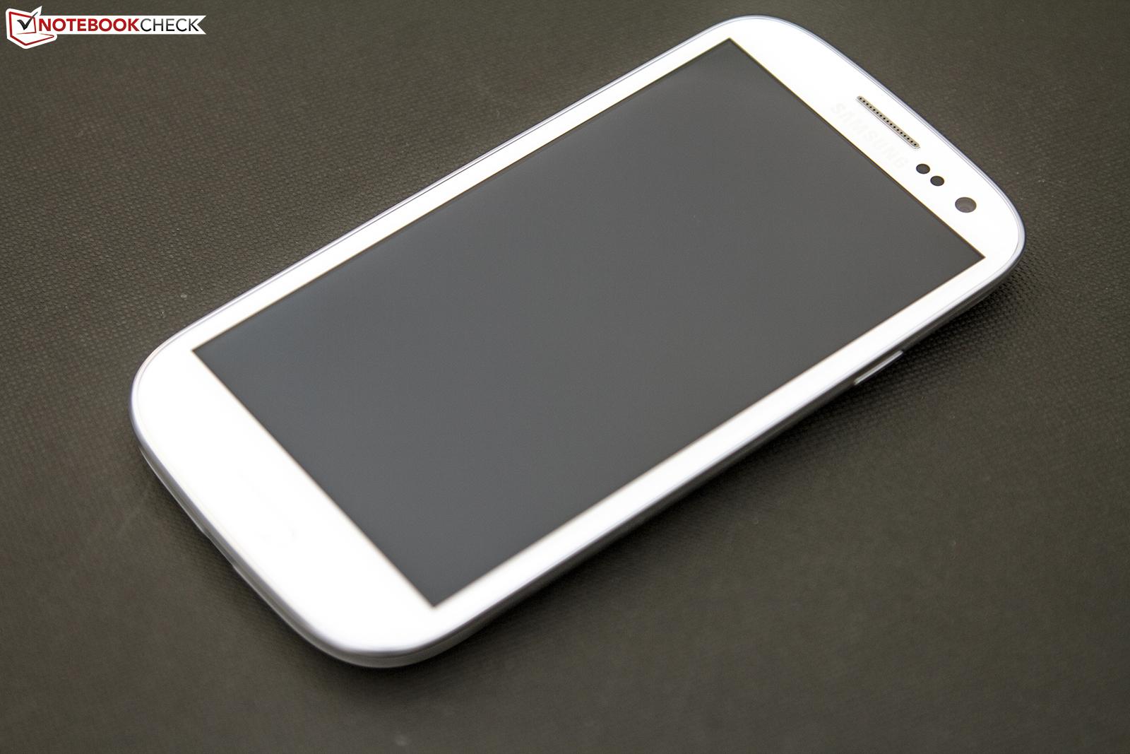 test samsung galaxy s3 gt i9300 smartphone. Black Bedroom Furniture Sets. Home Design Ideas