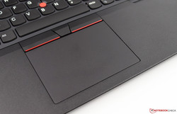 Großzügiges Touchpad