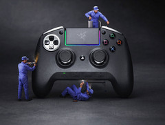 gamescom 2018: Razer stellt PS4-Controller Raiju Ultimate, Tournament Edition und Thresher  PS4-Headset vor.