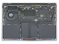 MBP 13 2020 Entry Intel (Quelle: iFixit)