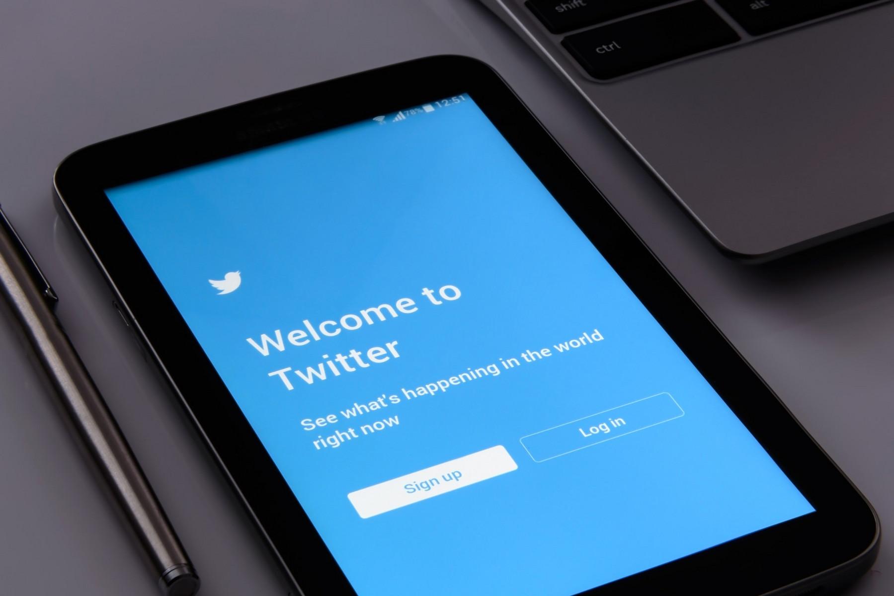 Cambridge Analytica: Twitter gab Datensätze an beteiligten Wissenschaftler