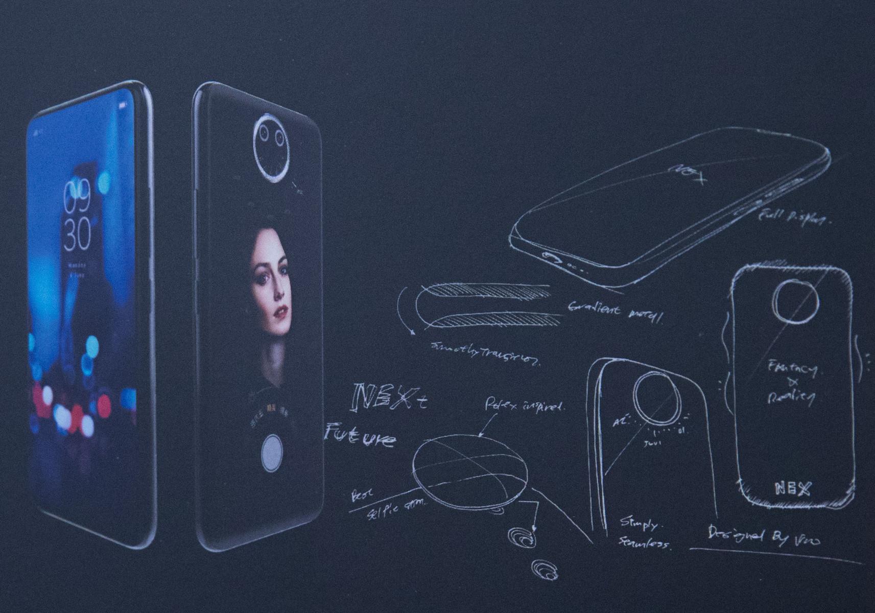 Vivo NEX 2: Bilder Zeigen Triple-Kamera Und Dualscreen