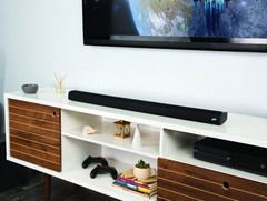 Polk Signa S2: Flache TV-Soundbar mit Wireless-Subwoofer für 250 Euro.
