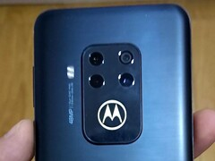 Motorola One Zoom: Foto-Leak zeigt Quadcam in Livebild.