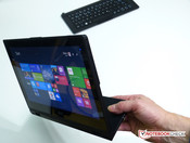 Acer Aspire Switch 12 Tablet, im Querformat gehalten