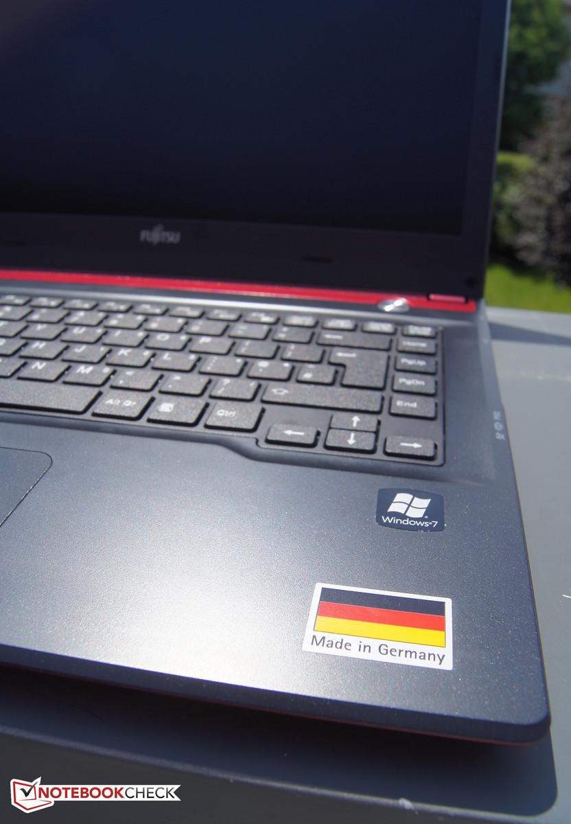 Test Fujitsu LifeBook UH572 Ultrabook