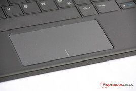 ... und Touchpad des Keyboard-Covers.