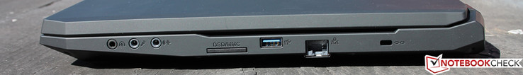 Audio: 1x Mic-In, 1x Line-In, 1x S/PDIF, Card Reader: SD-, SDHC- & SDXC, USB 3.0, RJ45 Ethernet, Kensington-Lock
