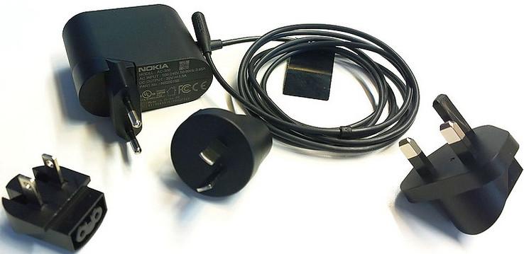 Stromschlag Nokia Warnt Vor Gef 228 Hrlichen Ac 300