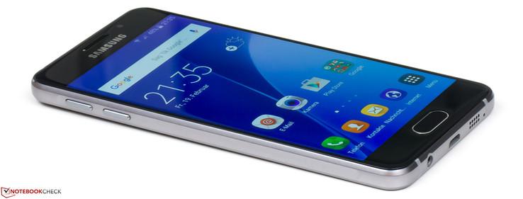 Test Samsung Galaxy A3 2016 Smartphone Notebookcheck