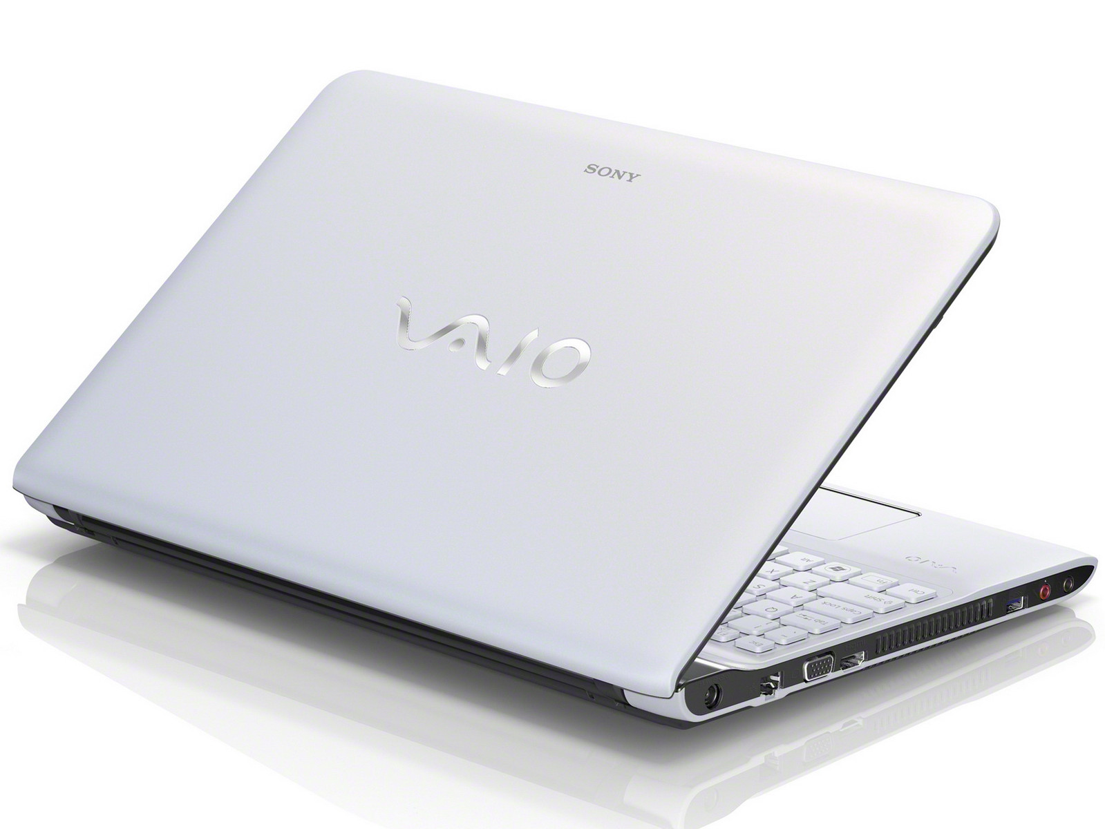 sony neue notebook modelle bei der vaio e serie 15 und 17. Black Bedroom Furniture Sets. Home Design Ideas