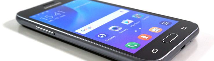 Das Letztjahrige Samsung Galaxy J1 War Ein Sehr Ordentliches Einsteigergerat Fur Etwas Mehr Als 100 Euro Erhielt Man Kompaktes Smartphone Mit Guten