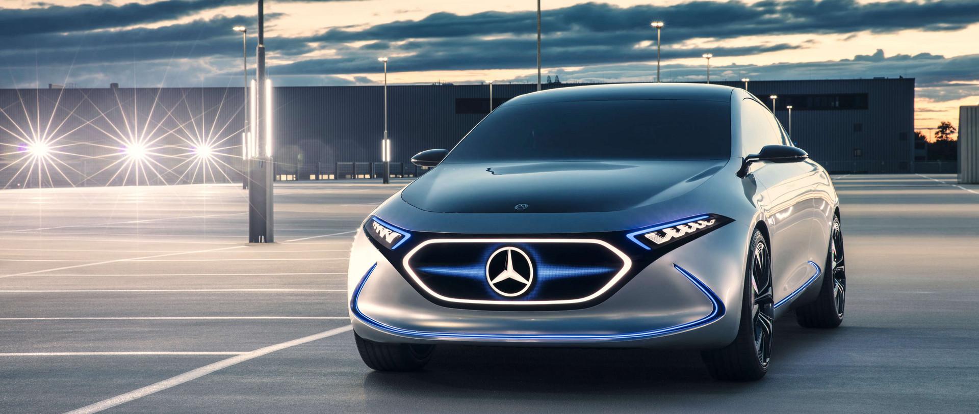 Mercedes-Benz: Weltpremiere des Infotainment-Systems MBUX ...