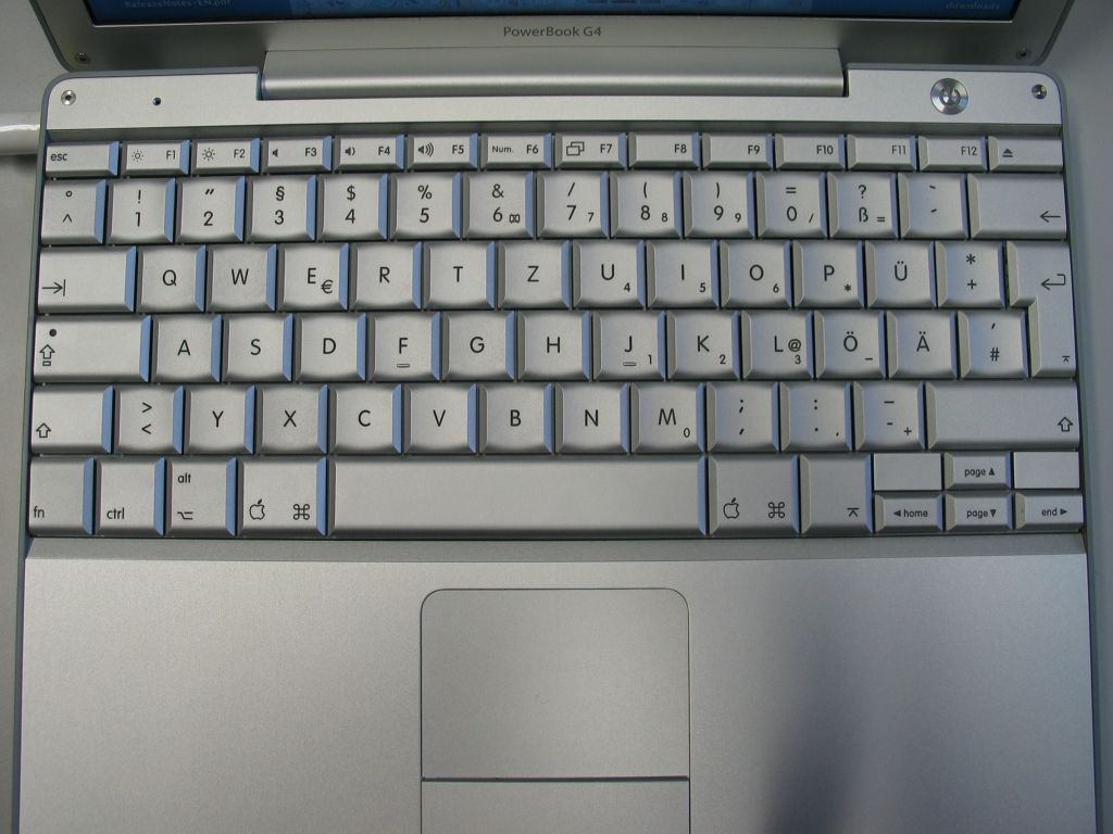 http://www.notebookcheck.com/laptop/images/stories/Notebooks/Apple/Powerbook/PB12_15/tastatur.jpg