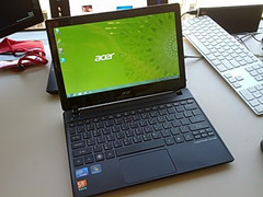 Acer: 11,6-Zoll-Netbook Aspire One 756 im Unboxing